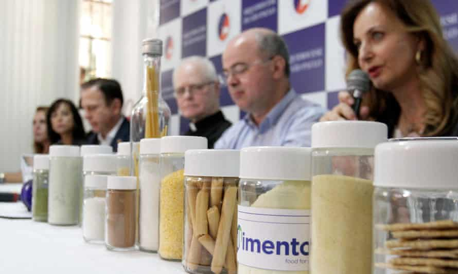 Farinata, São Paulo's response to hunger in the city, is presented at a press conference attended by the mayor, João Doria, and Cardinal Odilo Scherer.