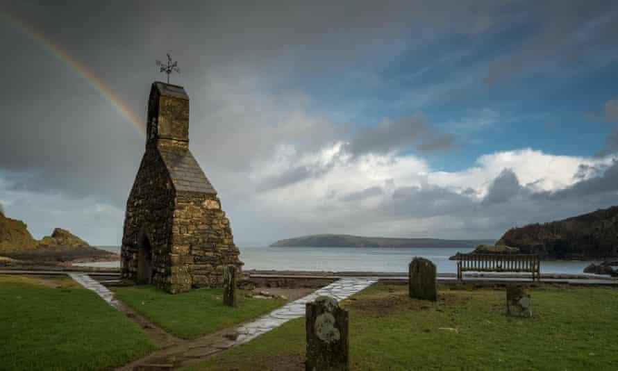 St Brynachs Church, Cwm Yr Eglwys,