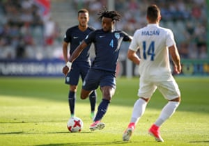 Nathaniel Chalobah shoots from distance.
