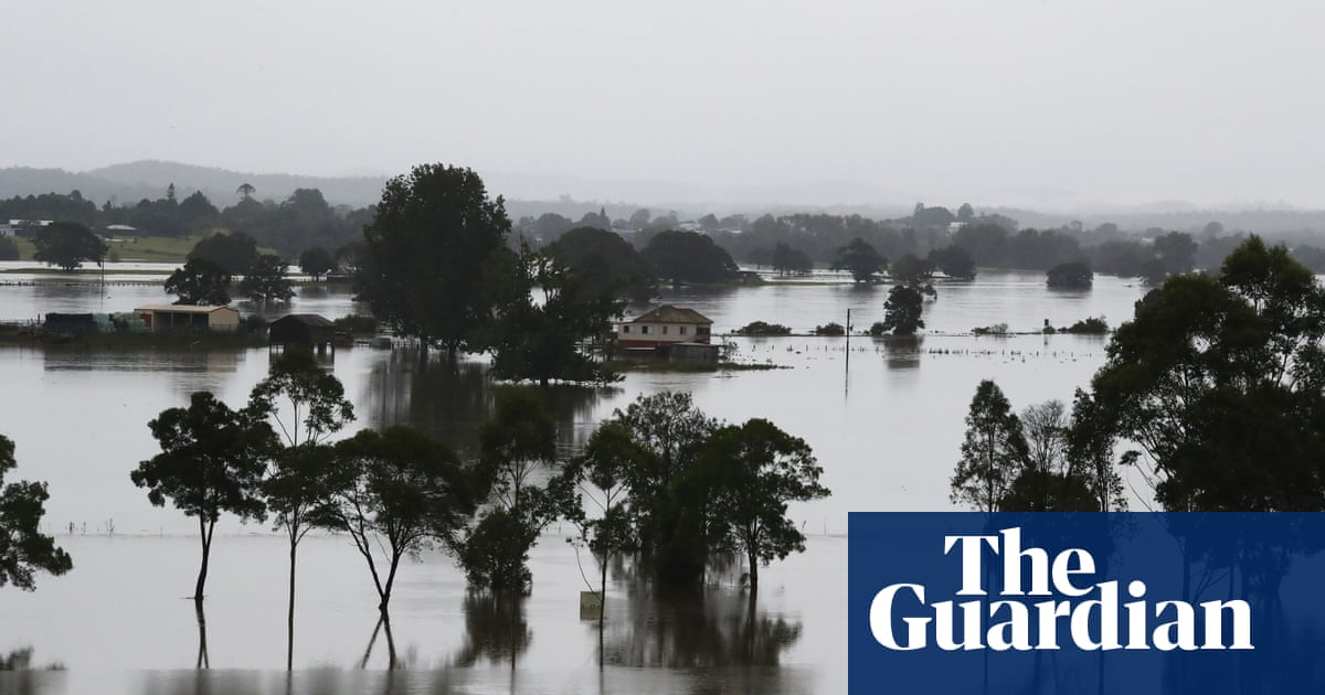 NSW floods: more than 75 homes evacuated on mid north coast after widespread sewage leaks