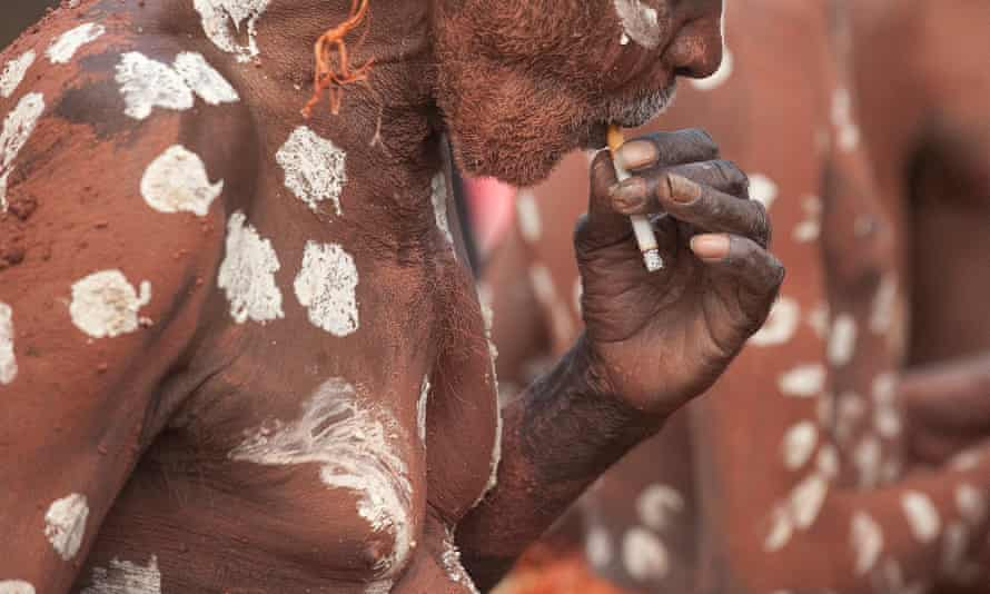 An Indigenous smoker