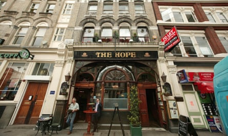 The Hope near Smithfield market was one of London's early houses.