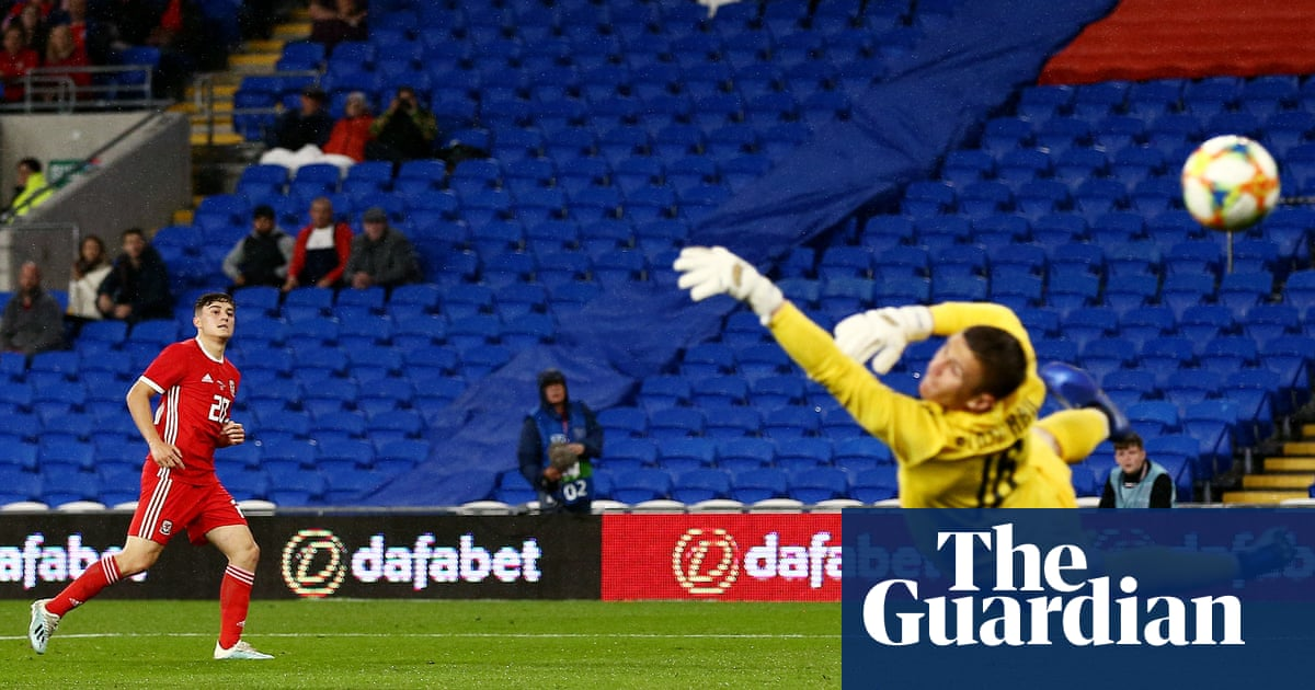 Daniel James's superb goal enough to earn Wales victory over Belarus