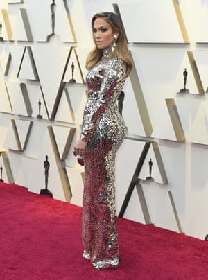 f8476118f870 Jennifer Lopez returned to the Oscars for the first time since 2015 to  present an award