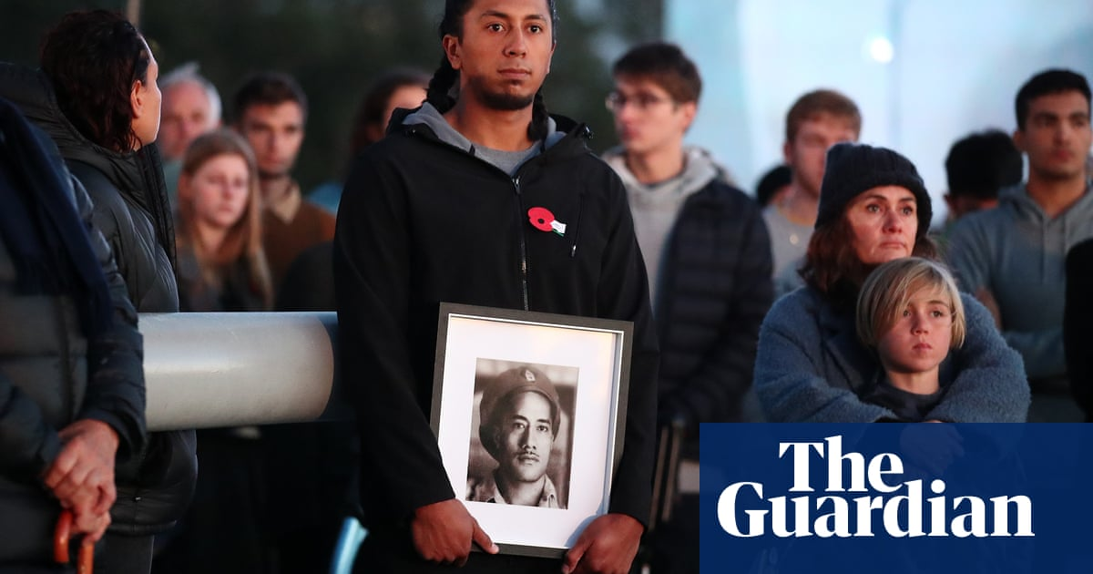 Anzac Day 2021: New Zealanders once again gather to honour the fallen