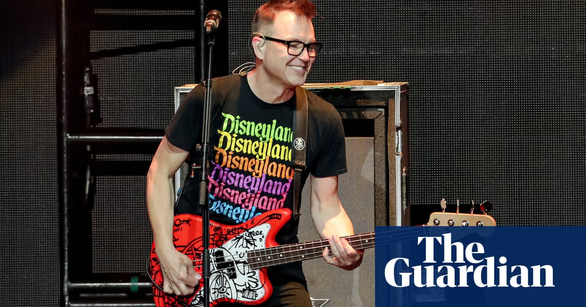 Blink-182 bassist Mark Hoppus announces he is cancer-free