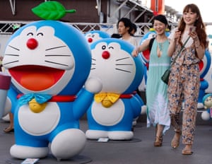 Doraemon, a Japanese robo-cat anime character: imitations of its squeaky voice were suggested.