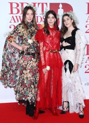 US trio Haim, nominated for International Group