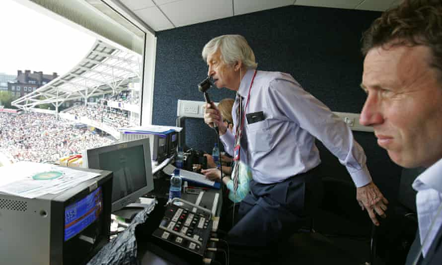Richie Benaud has been spirited off to the great rain delay in the sky, but a return to Channel 4 would stir great emotions for cricket fans.