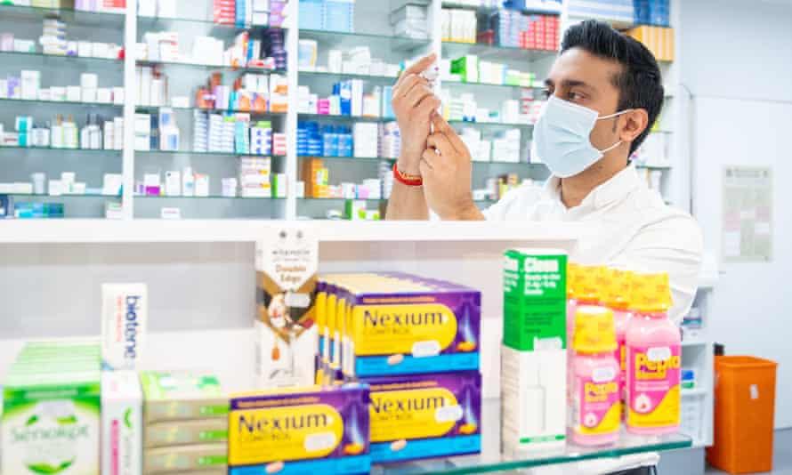 Treasury's Covid loan demand 'putting pharmacies in England at risk' |  Coronavirus | The Guardian