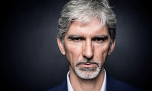 Damon Hill says Nico Rosberg has 'shown he can race' in his battle with Lewis Hamilton for the title.