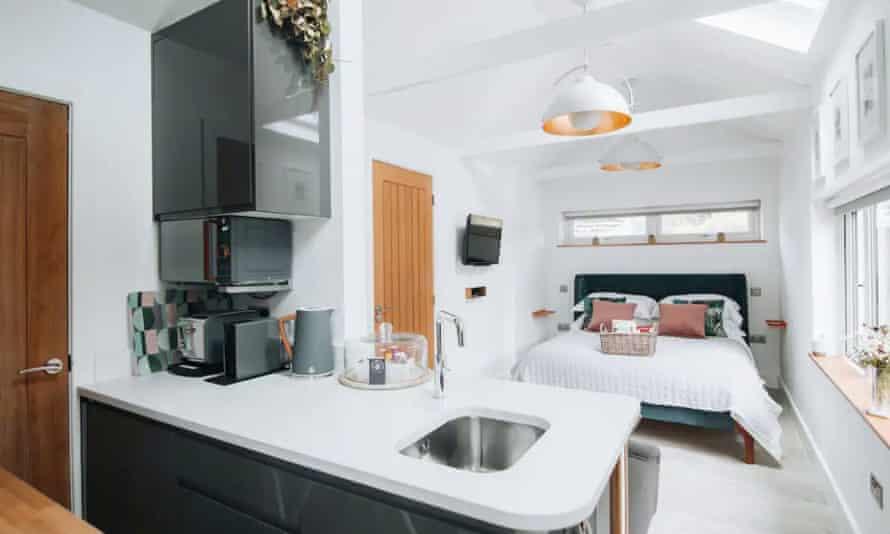 Snugl, a smart new Airbnb studio in Reynoldston.
