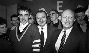 Paul Weller with Ken Livingstone and Neil Kinnock at the launch of Red Wedge in the House of Commons, 1985.