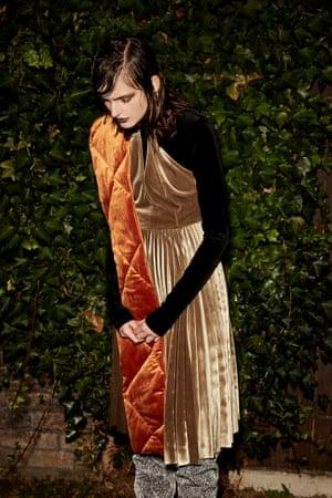 orange velvet quilted scarf, Asos, black velvet body H&M, light brown velvet dress Topshop, grey velvet boots Kurt Geiger