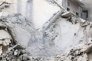 Rubble in the al-Qaterji neighbourhood