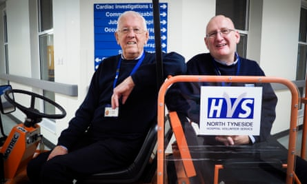 Geoff Mann (left) and Michael Hume, volunteers at North Tyneside general hospital
