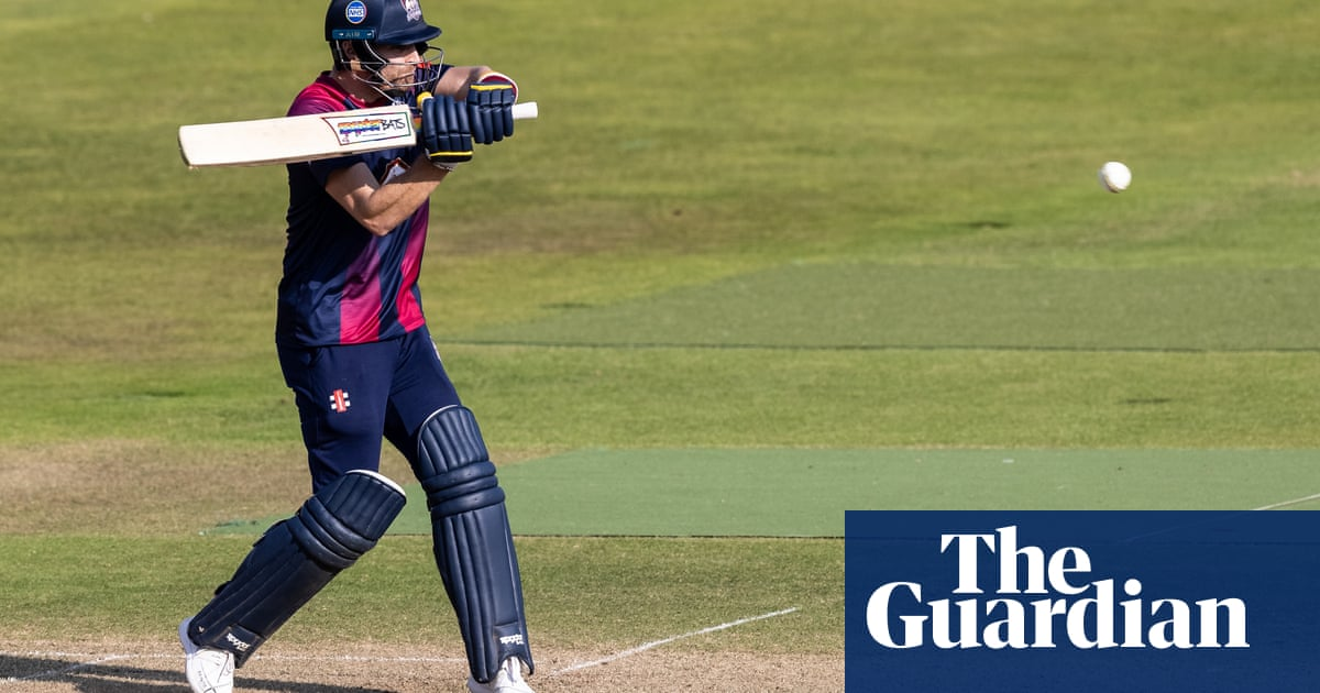 County cricket talking points: T20 Blast sets up intriguing quarter-finals