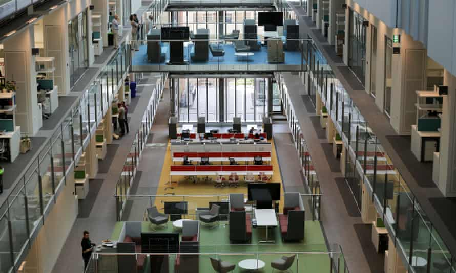 The Francis Crick Institute in London brings together different types of research groups.