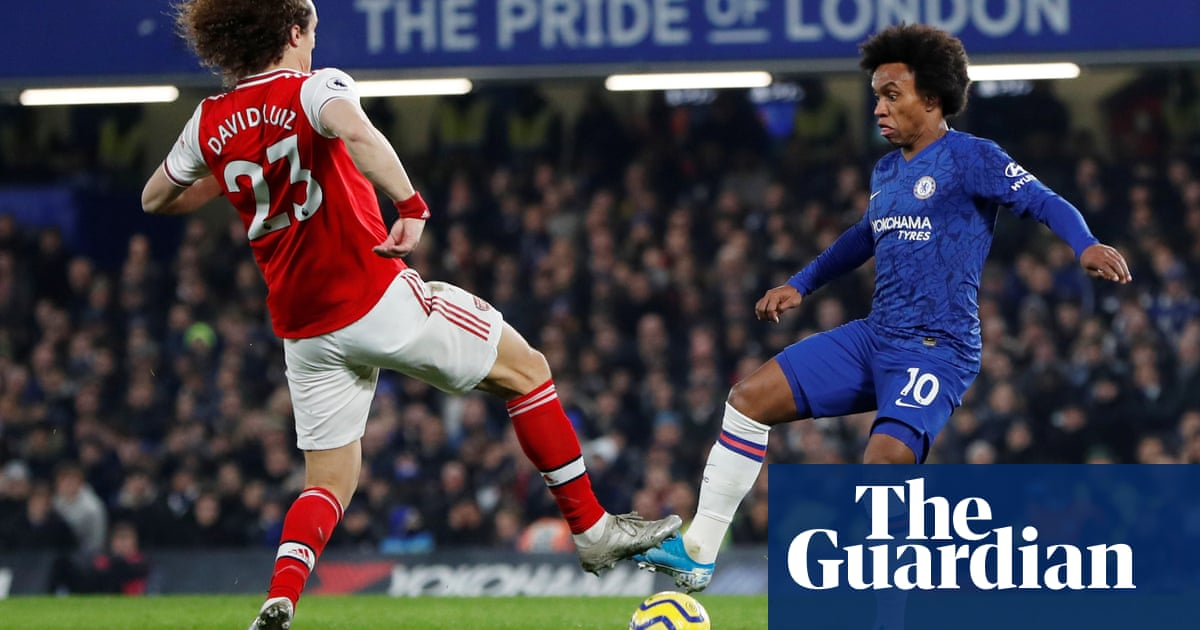 Willian still wanted at Chelsea but may play his way into Arsenals hands