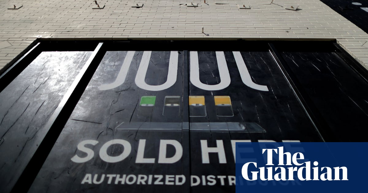 Federal officials delay ruling on whether to ban market-leading Juul e-cigarettes