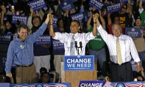 A month before the 2008 election. Brown is at left. Then-governor of Ohio Ted Strickland is at right. At middle is the last Democratic presidential candidate to carry Ohio.