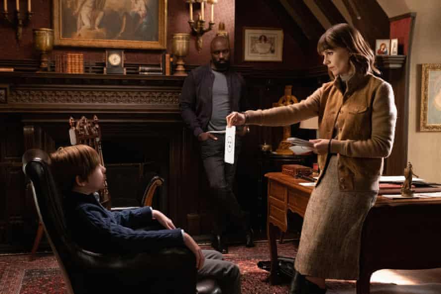 Luke Judy as Eric McCrystal, Mike Colter as David Acosta and Katja Herbers as Kristen Bouchard