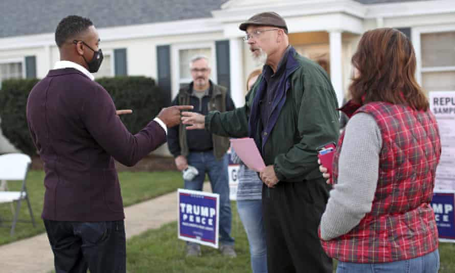 Webb speaks with Republican volunteer Chris Winter and Bob Good campaign worker Diana Shores on 3 November 2020.