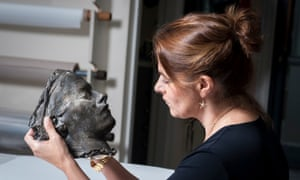Tracey Emin with her 'death mask'