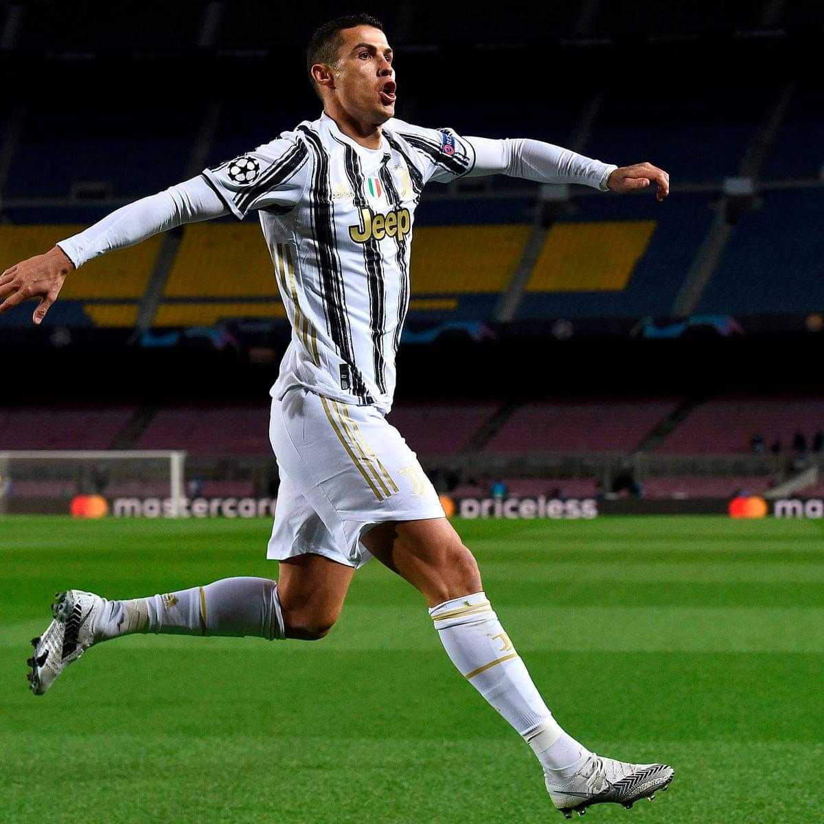 Champions League Ronaldo Double At Barcelona Snatches Top Spot For Juve Champions League The Guardian