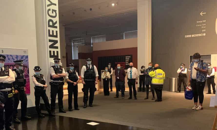 اعتراض موزه علوم ukscn لندن