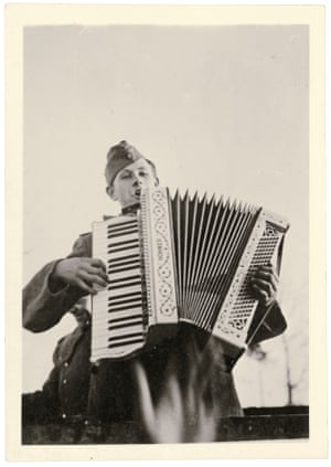 Accordionist, 1942-43.