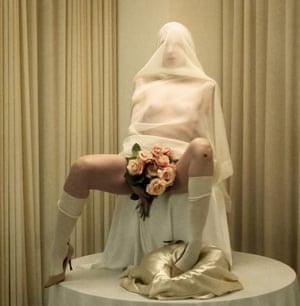 Lori Cuisinier - Ariadne ( bride) cake
