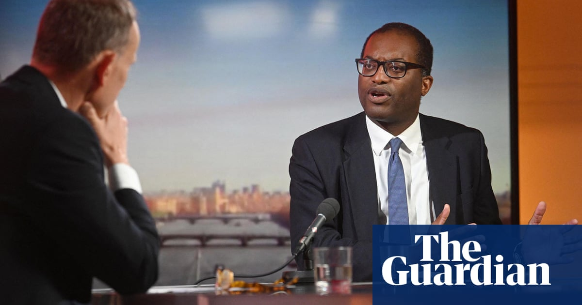 Energy crisis: minister denies Kwasi Kwarteng lied over Treasury claims