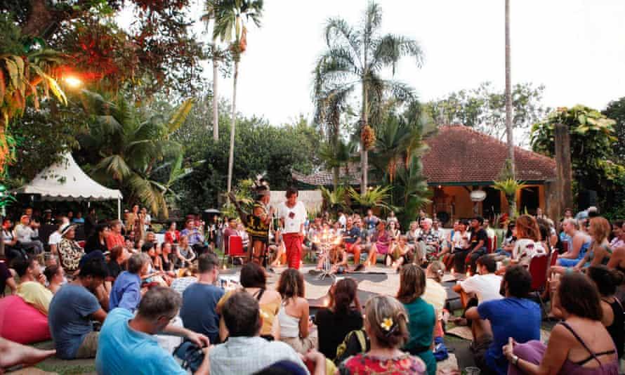 Festival crowds at Ubud's Blanco Museum.