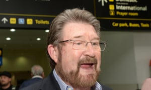 Derryn Hinch blamed his fall getting out of an Uber on a 'dodgy knee'.