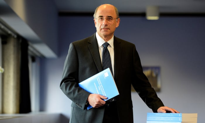 Theresa May defeats bid to make her launch part two of Leveson inquiry