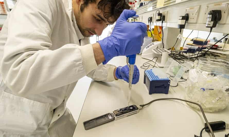 An Oxford Nanopore sequencer.