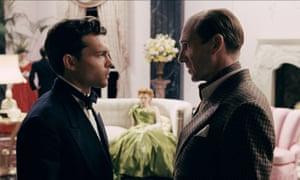 Alden Ehrenreich and Ralph Fiennes in Hail, Caesar!