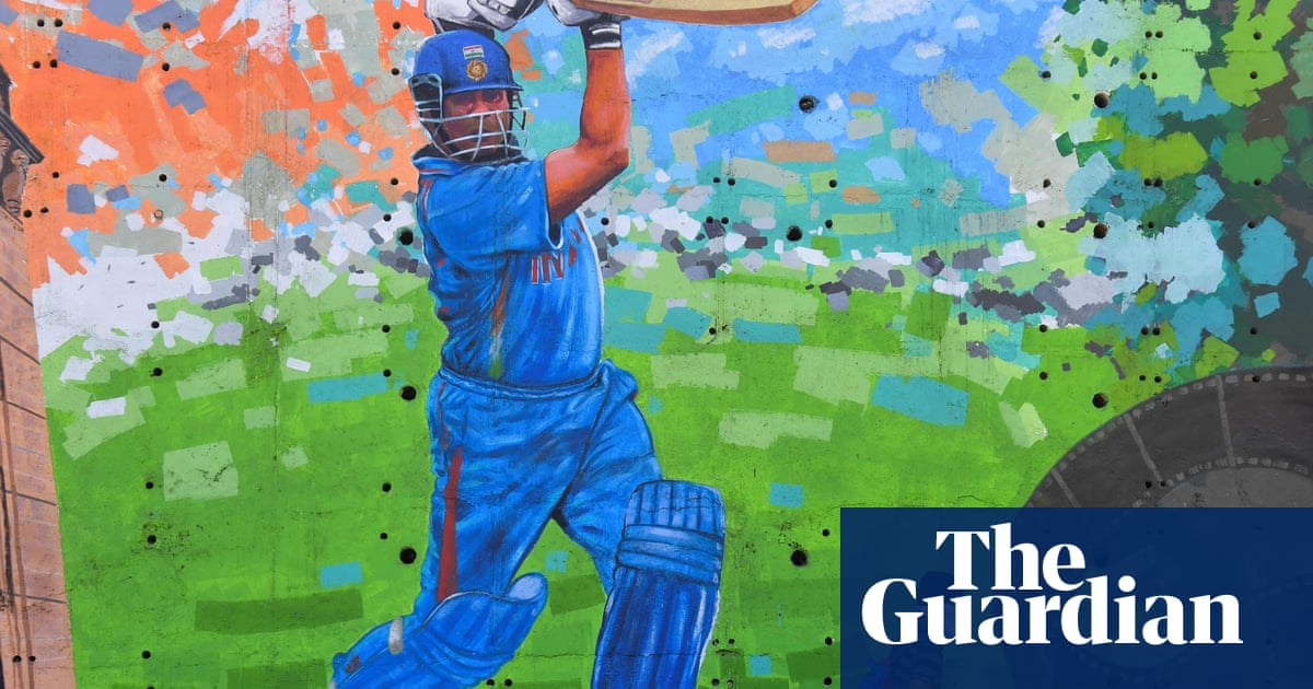 Indian cricket great Sachin Tendulkar contracts Covid-19 as cases surge