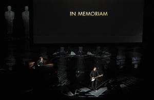 Eddie Vedder performs a Tom Petty song during an In Memoriam tribute