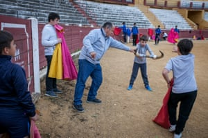 Former bullfighter, Jose, likes to come to the school in Écija to give advice to the aprentices