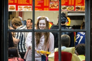 Takeaway customers demand extra dressing