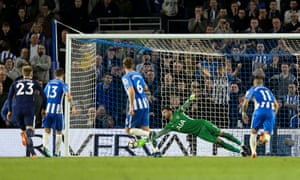 Spurs keeper Hugo Lloris gets a hand to the ball but Pascal Gross' spot kick is too strong and the ball ends up in the net and Brighton are back on level terms.