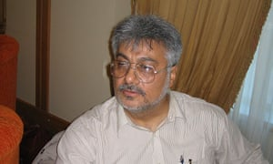Issa Saharkhiz: he is reported to have had a heart attack.