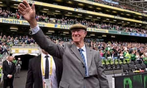 Former Republic of Ireland manager Jack Charlton 1935 - 2020<br>Dublin , Ireland - 7 June 2015; Former Republic of Ireland manager Jack Charlton is introduced to the crowd ahead of the Three International Friendly match between Republic of Ireland and England at the Aviva Stadium, Lansdowne Road in Dublin. (Photo By David Maher/Sportsfile via Getty Images)