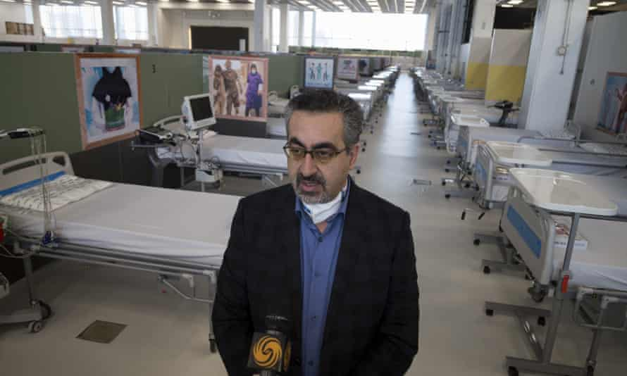 Kianoush Jahanpour on a visit to a makeshift hospital in Tehran