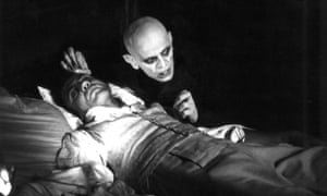 Bruno Ganz as Jonathan Harker and Klaus Kinski as Count Dracula in Werner Herzog's 1979 horror film, Nosferatu the Vampyre