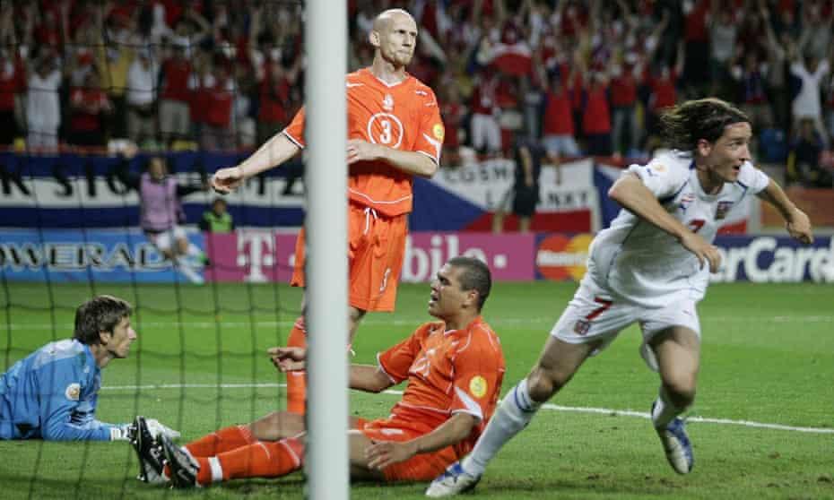 Vladimir Smicer scores a crucial goal for the Czech Republic.