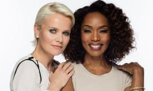 Barbara Sturm, trong hình với Angela Bassett, đang tung ra một thương hiệu chăm sóc da sang trọng cho người da màu.