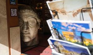 History's gaze … a souvenirs shop in Rome.